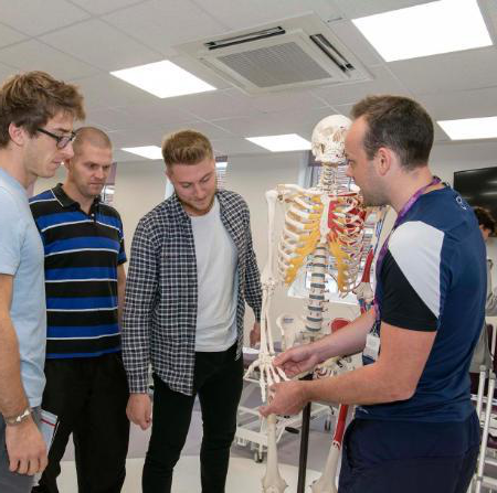 Physiotherapy students and teachers