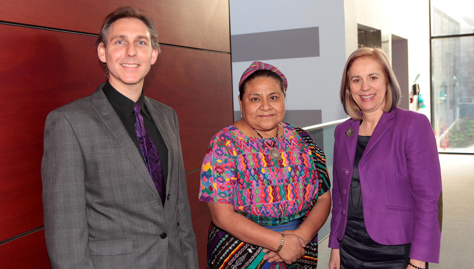 Religion and peacebuilding at Winchester: Peacejam 2016 image with Nobel Peace Laureate Rigoberta Menchu Tum